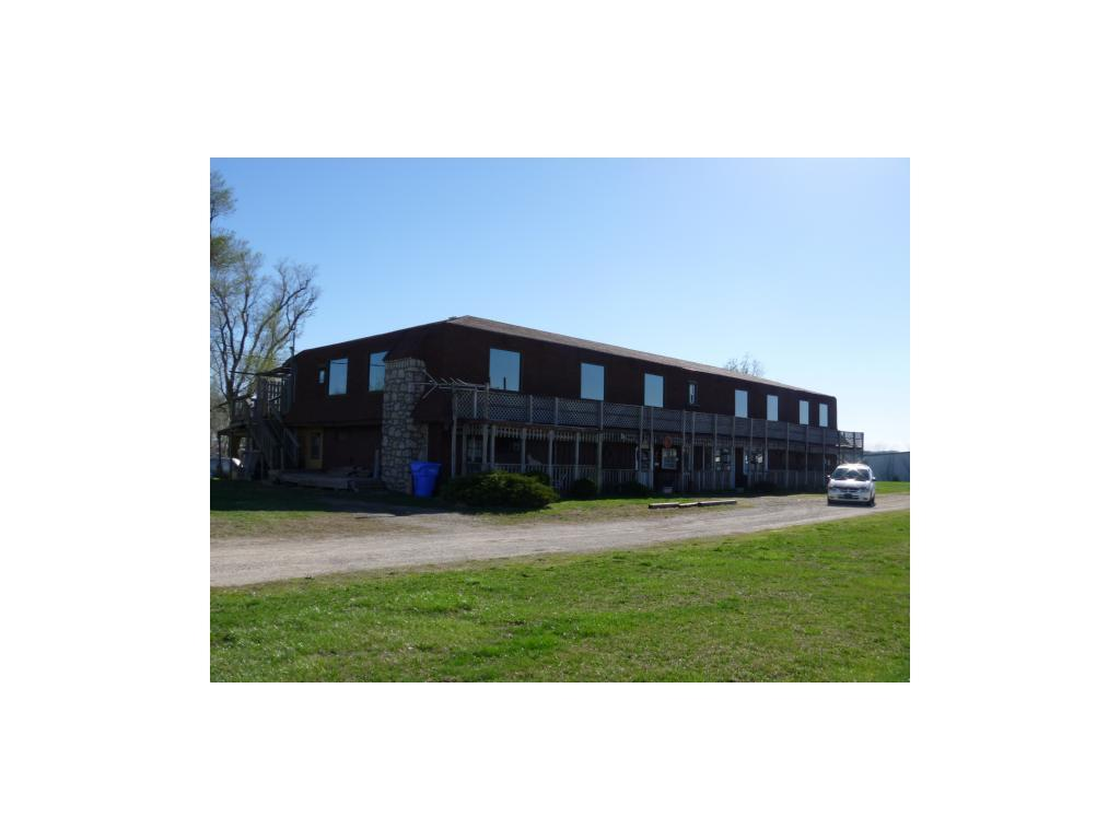 Photo of home for sale at 1520 State Ave. 24/40 Highway, Tonganoxie KS